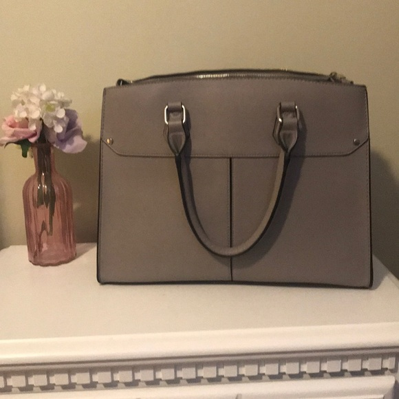 no brand Bags   Beautiful Functional Grey Faux Leather Tote   Poshmark 957cc3565c